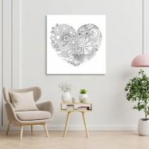 Spalvojanti gėlių širdį